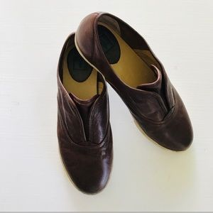 FRYE Mindy Slip On Leather Sneakers Loafers 8.5
